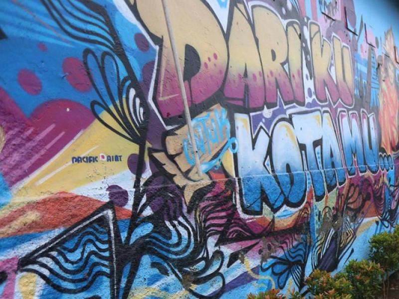 120-seniman-lukis-1121-mural-di-kampung-bekelir