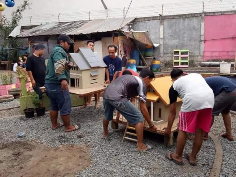 kreativitas-warga-kampung-hidroponik-olah-barang-bekas-menjadi-bermanfaat