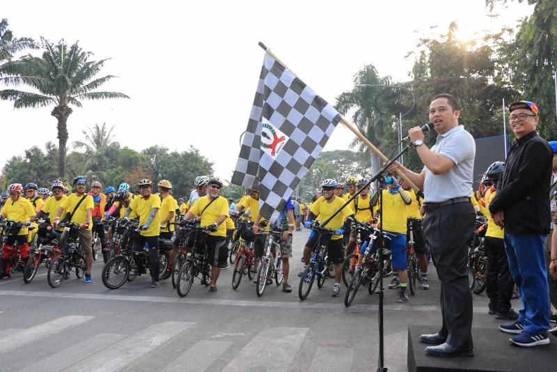 milad-ke-2-selintangs-arief-biasakan-hidup-sehat-dengan-bersepeda