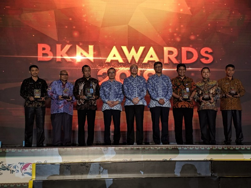 pemkot-raih-penghargaan-dalam-bkn-award-2019