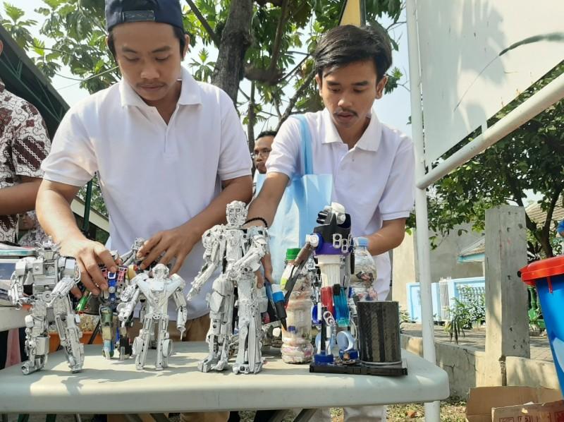 produksi-robot-dari-sampah