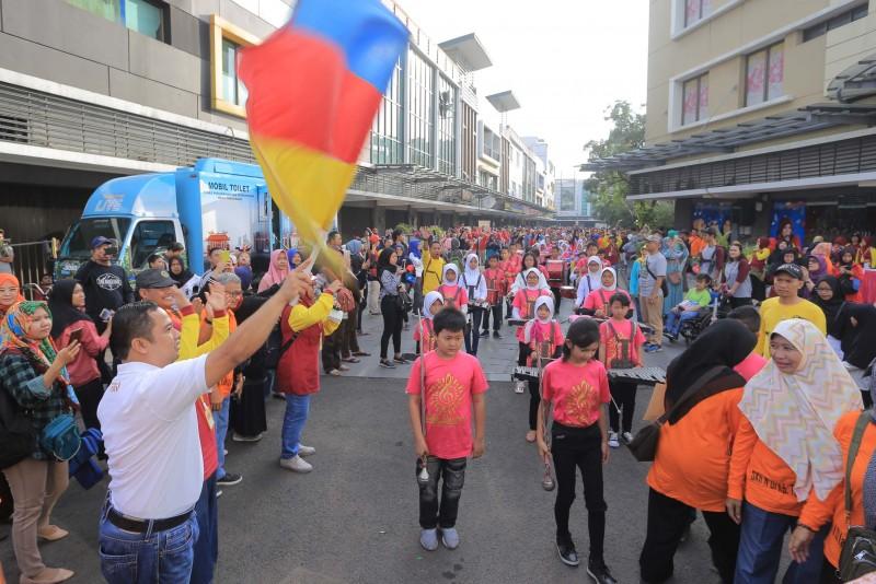 wali-kota-tangerang-lepas-3000-peserta-jalan-santai-penyandang-disabilitas
