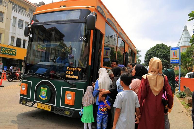 bus-tayo-brt-koridor-3-beroperasi