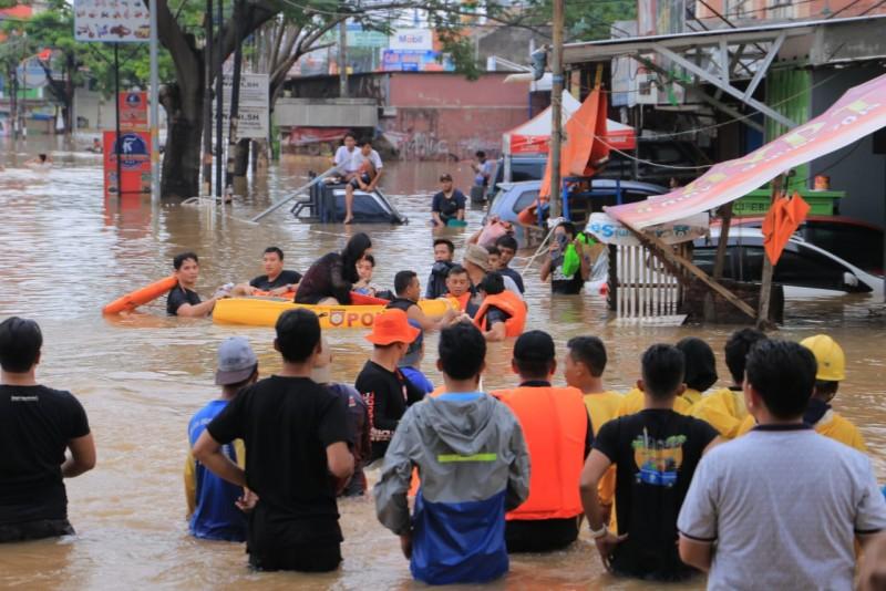 kesigapan-pemkot-tangani-banjir-dirasakan-masyarakat