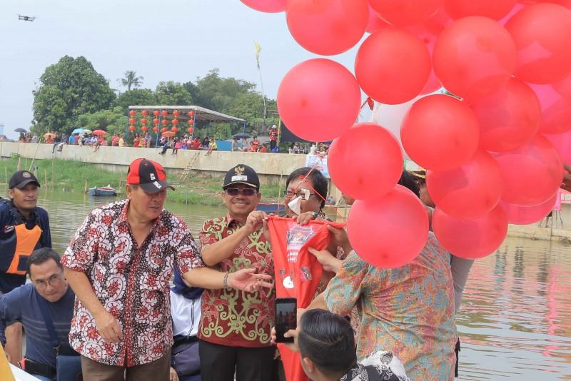 semarak-perayaan-festival-peh-cun-2019