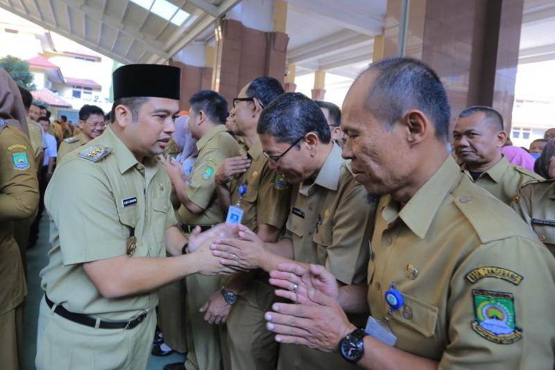 hari-pertama-kerja-pemkot-gelar-halal-bihalal-bersama-seluruh-pegawai