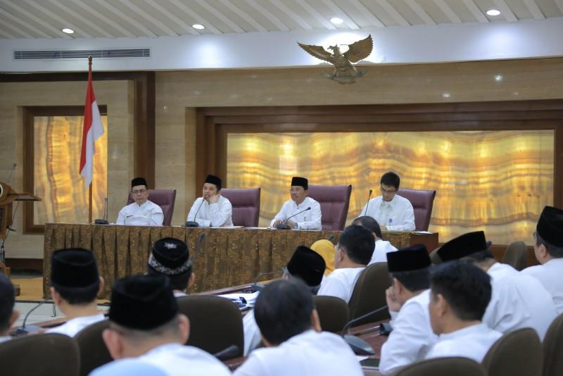 ramadan-pegawai-pemkot-gelar-rapat-evaluasi-pembangunan