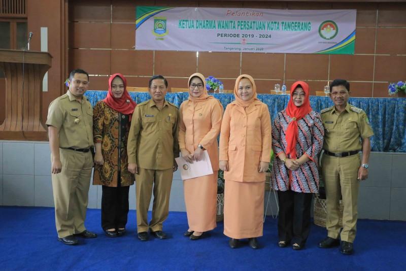 arief-lantik-ketua-dharma-wanita-persatuan-kota-tangerang
