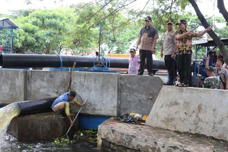 pemkot-upayakan-berbagai-skenario-surutkan-banjir-di-wilayah-periuk