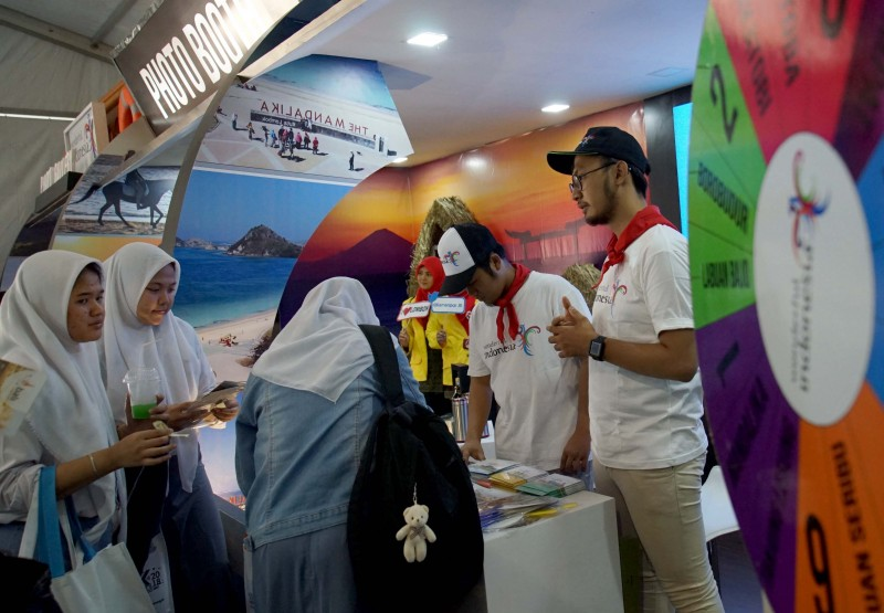 hari-kedua-saik-public-expose-dan-public-service-exhibitions-didatangi-pelajar-dan-mahasiswa
