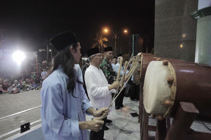takbiran-pemkot-gelar-festival-bedug-ke-16