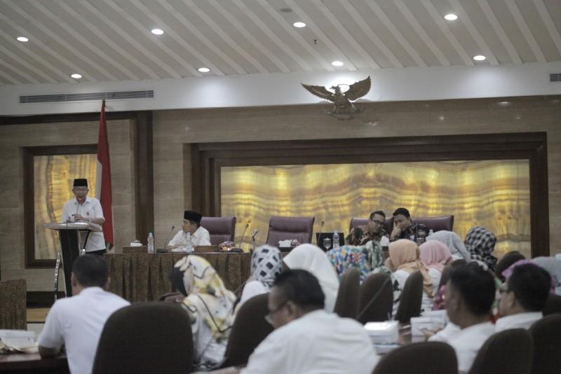 pemkot-adakan-pembinaan-kesejahteraan-masyarakat-kepada-aparatur-kecamatan-dan-kelurahan