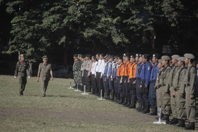 pjs-minta-satpol-pp-dan-linmas-kawal-penyelenggaraan-pemilukada-di-kota-tangerang