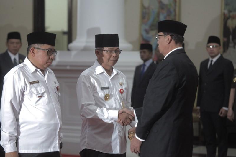 gubernur-resmi-lantik-pjs-wali-kota-tangerang