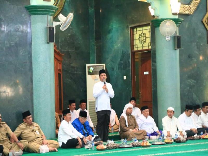 peringatan-isra-miraj-di-masjid-raya-al-azhom