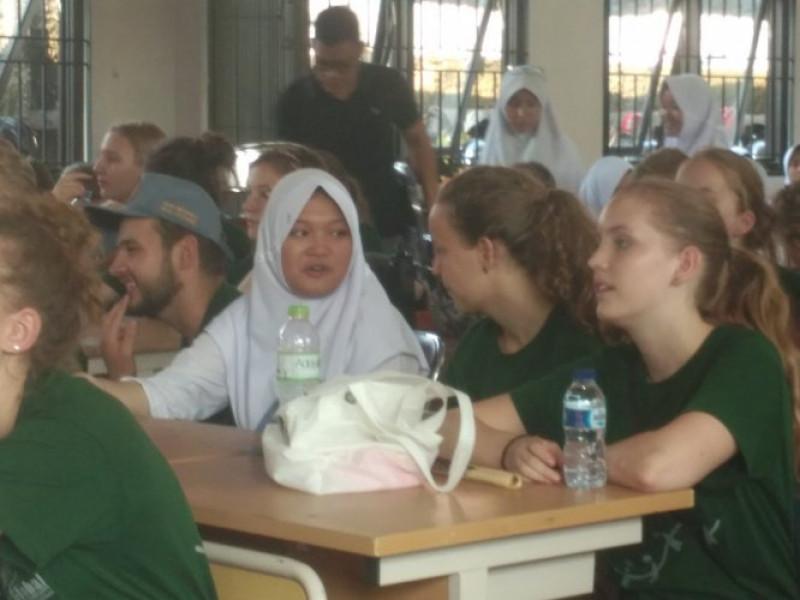 pelajar-kota-tangerang-bertukar-budaya-dengan-pelajar-belanda