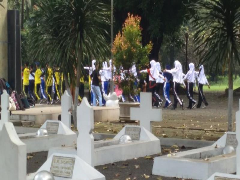 tmp-taruna-jadi-lokasi-favorit-pelajar-latihan-baris-berbaris