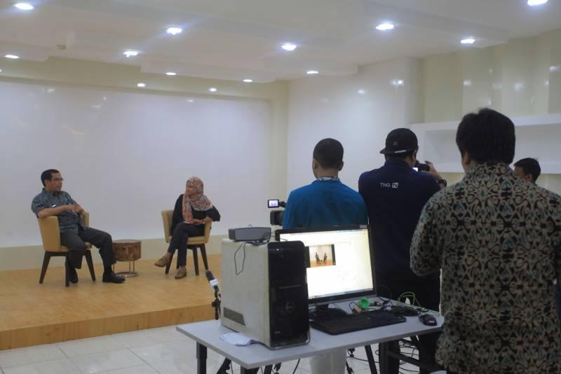 bangun-kreatifitas-pelajar-di-bidang-multimedia-kominfo-segera-launching-studio-siaran-tangerang-tv