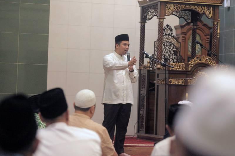 wali-kota-terus-kampanyekan-sholat-berjamaah-di-masjid