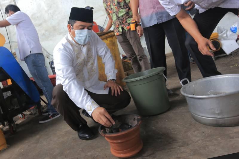 pemkot-uji-coba-daur-ulang-sampah-jadi-biomassa