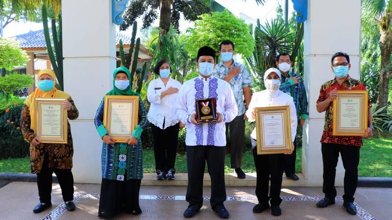 pemerintah-kota-tangerang-sabet-4-penghargaan-sanitasi-total-berbasis-masyarakat-dari-kemenkes-ri