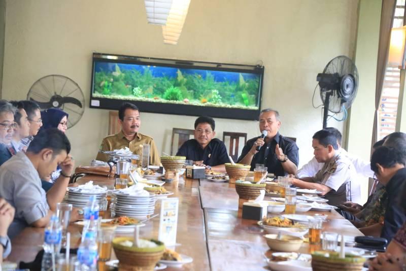 dialog-wakil-wali-kota-bersama-serikat-pekerja-dan-stakeholder-terkait