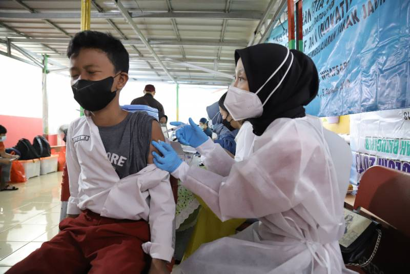 sekolah-dasar-siap-tatap-muka-asal-sudah-vaksin-semua