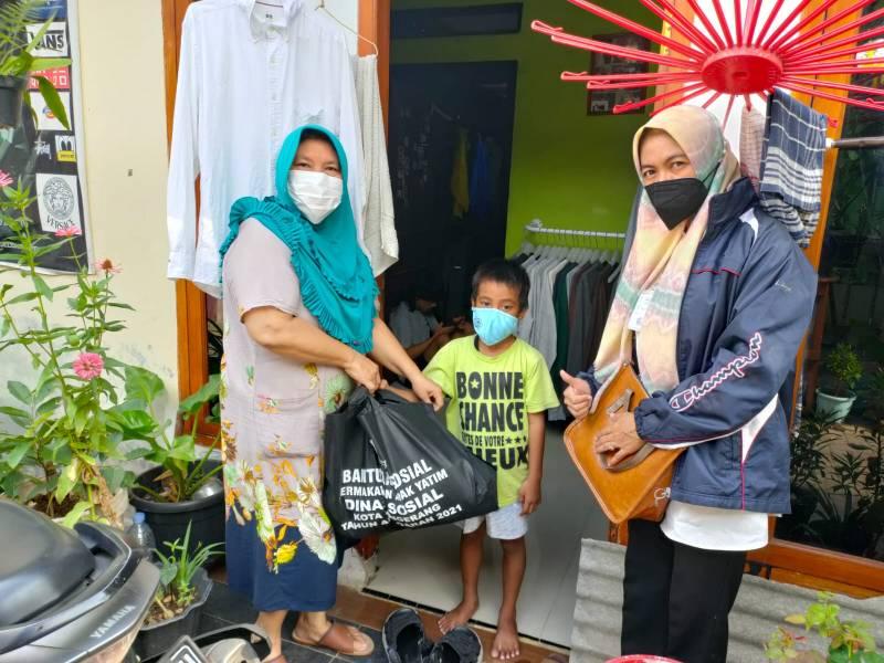 kecamatan-batuceper-distribusikan-bansos-permakanan-anak-yatim